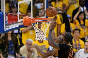 LeBron chases down Iguodala for huge block