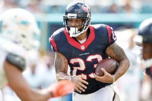 Report: Arian Foster should be healthy by camp