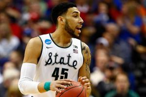 Bulls select Denzel Valentine with No. 14 pick
