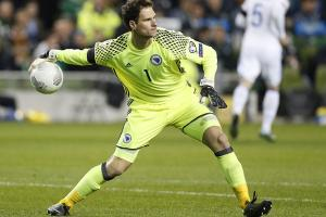 Podcast: Asmir Begovic talks Euro 16 knockout stage