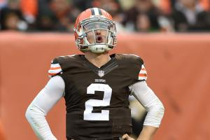Manziel's lawyer 'accidentally' sends text to AP