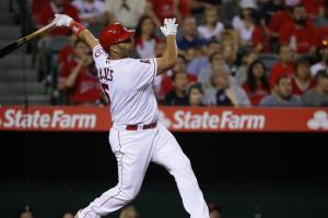 Pujols hits 574th career homer, passing Killebrew