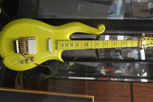 Jim Irsay purchases Prince's guitar for $137,500