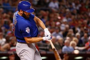 Watch: Jake Arrieta hits opposite-field home run