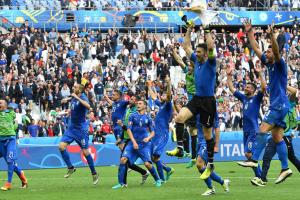 Italy dominant, ousts reigning Euro champ Spain