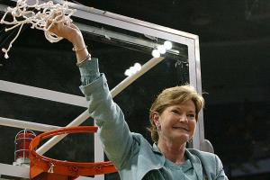 Pat Summitt remembered for empowering women