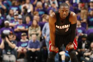 Wade to field offers after Heat talks stall