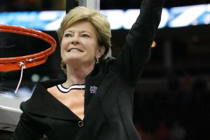 Nancy Lieberman pays tribute to Pat Summitt
