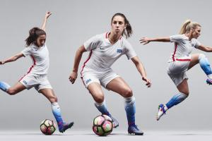 U.S. women to wear new white Olympic uniform