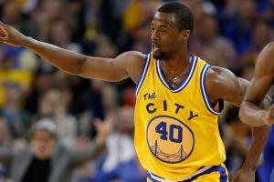 Warriors extend qualifying offers to Barnes, Ezeli