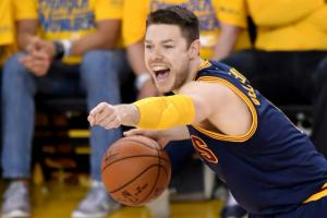 Bucks, Dellavedova agree to $38 million deal