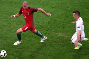 Pepe is an injury doubt for Portugal's Euro 2016 semifinal vs. Wales