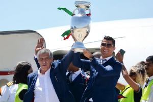 Cristiano Ronaldo and Portugal are welcomed home after winning Euro 2016