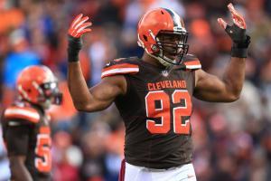 Desmond Bryant unlikely to return for 2016 season