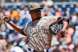 Padres' Edwin Jackson loses no-hitter in seventh