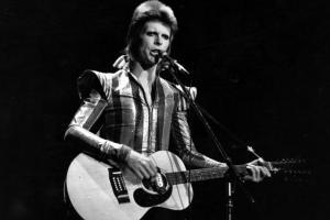 Minor league Bowie Baysox honoring David Bowie