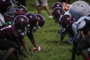 Many Americans oppose tackle football before 14