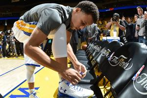 Will Stephen Curry's sneakers reach older fanbase?