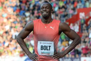 Usain Bolt appears healthy before return in London