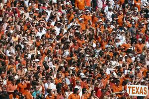 Texas president open to Big 12 conference expansion