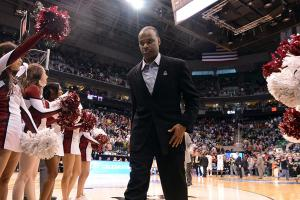 How Tommy Amaker is getting top prospects to Harvard