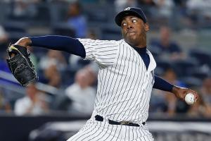 Yankees close to trading Chapman to Cubs