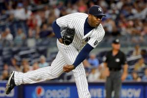 Yankees trade Aroldis Chapman to Cubs