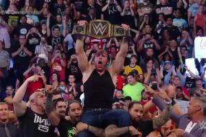 Dean Ambrose retains WWE Championship
