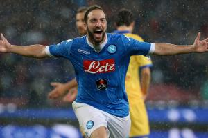 Report: Gonzalo Higuain agrees to join Juventus