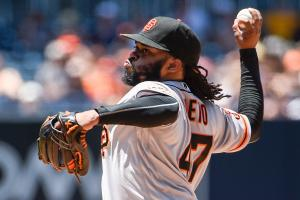 Cueto unhappy with Royals over White House snub
