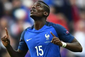 Transfer rumors: Man United increases Pogba bid