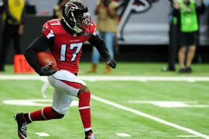 Falcons release WR Devin Hester