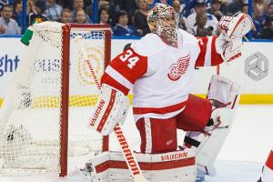 Petr Mrazek signs two-year deal with Red Wings