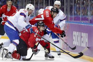 Team Canada shines despite jitters in win over Norway