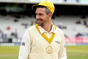 Kevin Pietersen signs two-year contract with Melbourne...