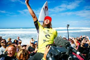 Extreme Exposure: Matt Wilkinson celebrates win