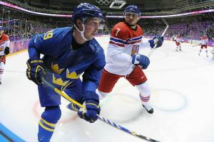 Sweden's Backstrom pulled from gold medal game for fail...
