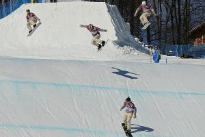 Racers balance speed, safety in rough-and-tumble snowbo...