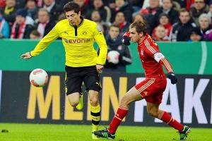 Robert Lewandowski and Dortmund face Bayern in a Bundesliga match on Saturday.