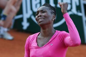 Venus Williams exited in the first round of the French Open for the first time since 2001.