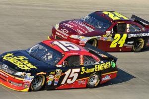 Fireworks between Clint Bowyer (15) and Jeff Gordon (24) now seem likely during the Chase.