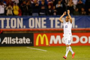 Donovan helps lead US to tie with Ecuador