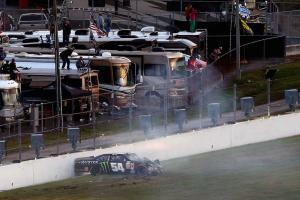 Kyle Busch to miss Daytona 500 after Xfinity crash