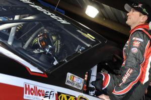 NASCAR lifts Kurt Busch's suspension