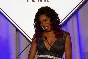 Venus Williams introduces Serena as Sportsperson of the...