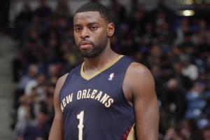 Report: Pelicans' Tyreke Evans (knee surgery) out for season