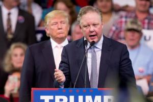 NASCAR CEO Brian France endorses Donald Trump