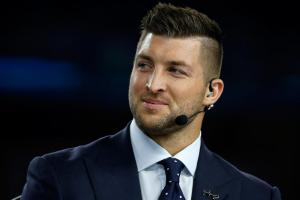 Tim Tebow: Career in politics would 'be intriguing'