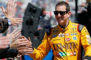 Driver Kyle Busch surprises fan in traffic