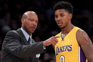 Lakers' Byron Scott on Nick Young: 'He's not here with us, mentally'